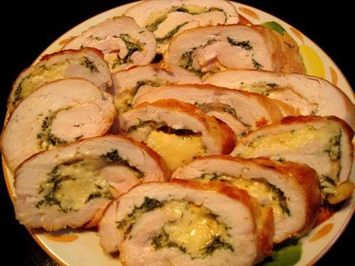 Куриный рулет с сыром в духовке рецепт
